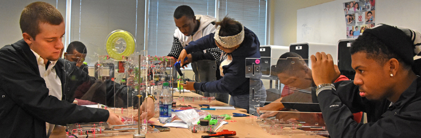 Students build JellyBox 3D printer kits during immersion week in YouthQuest's 3d ThinkLink Creativity Lab in January, 2016
